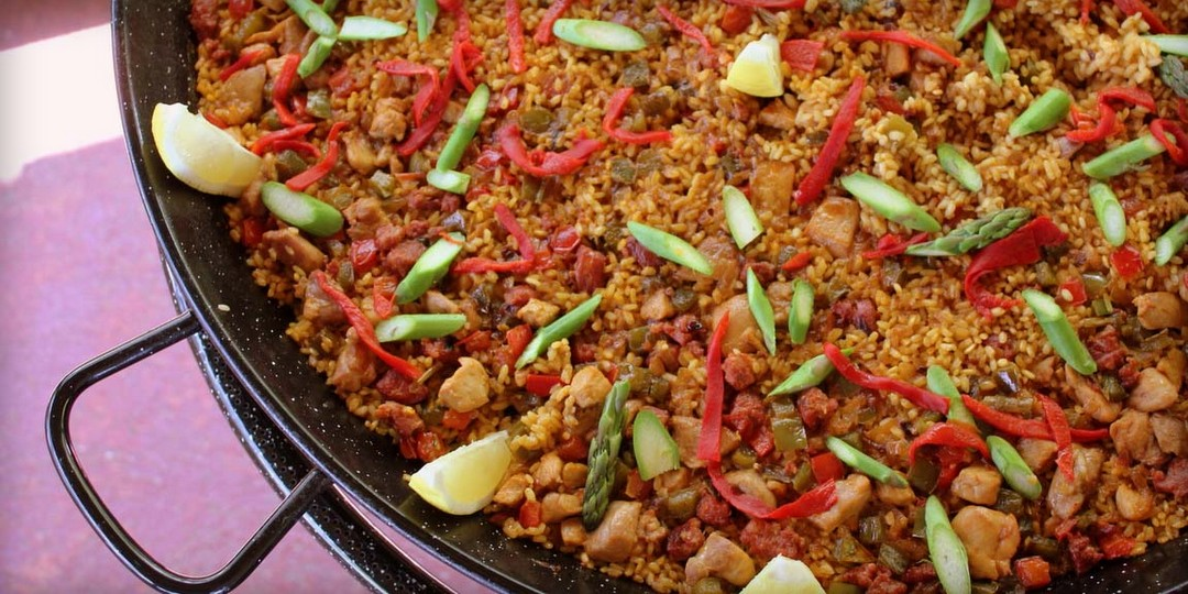 Meat paella,