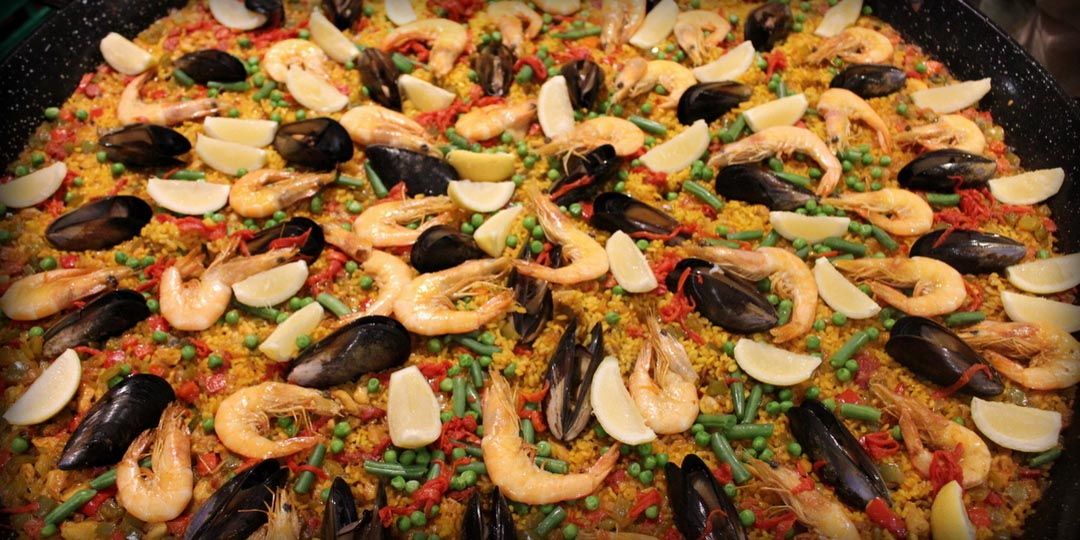 Paella Mixta, form the ocean and the farm