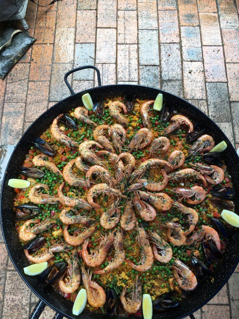 Extra seafood paella